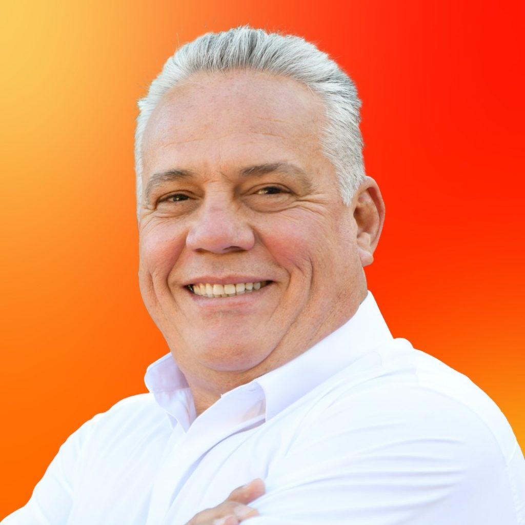 Candidato de Movimiento Ciudadano Eduardo Flores Moreno
